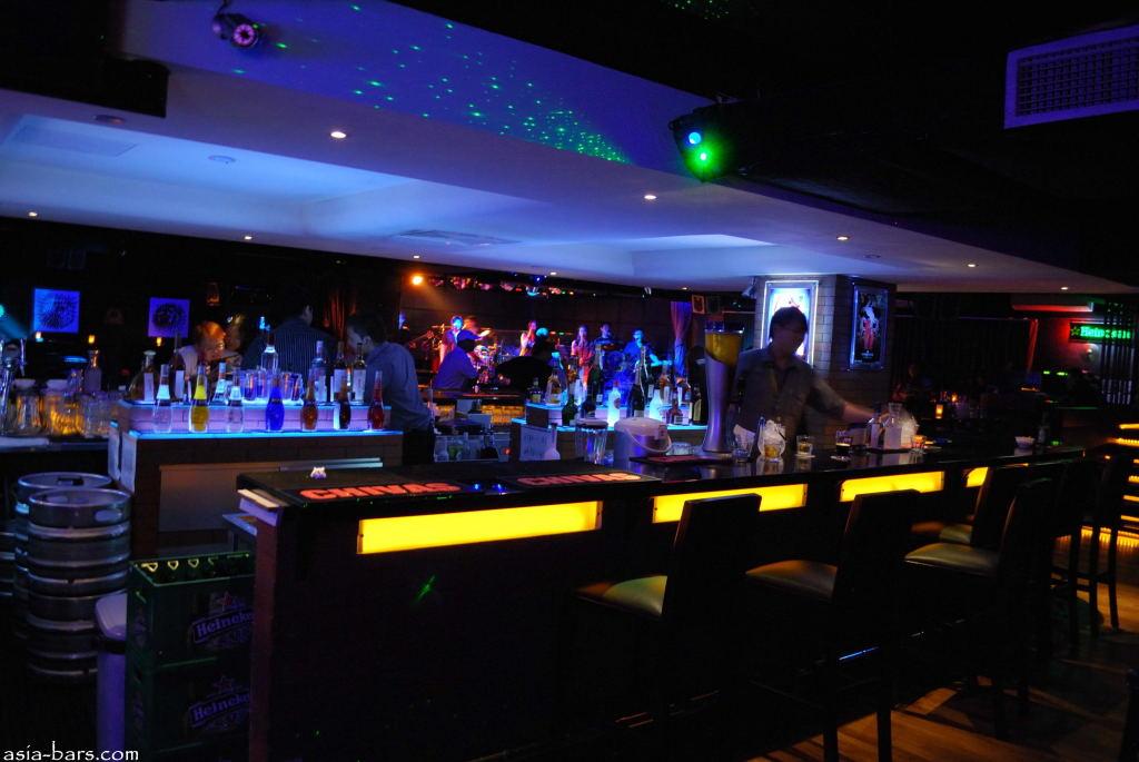 Blowfish Bar Amp Nightclub Orchard Road Singapore Asia