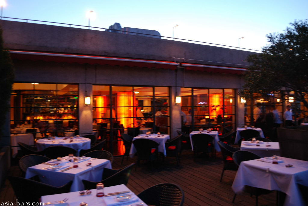 m on the bund rooftop restaurant the bund shanghai asia bars