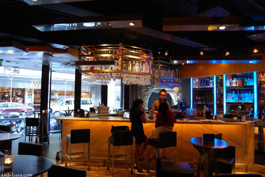 Tonic- stylish bar on Wyndham Street, Hong Kong | Asia Bars ...