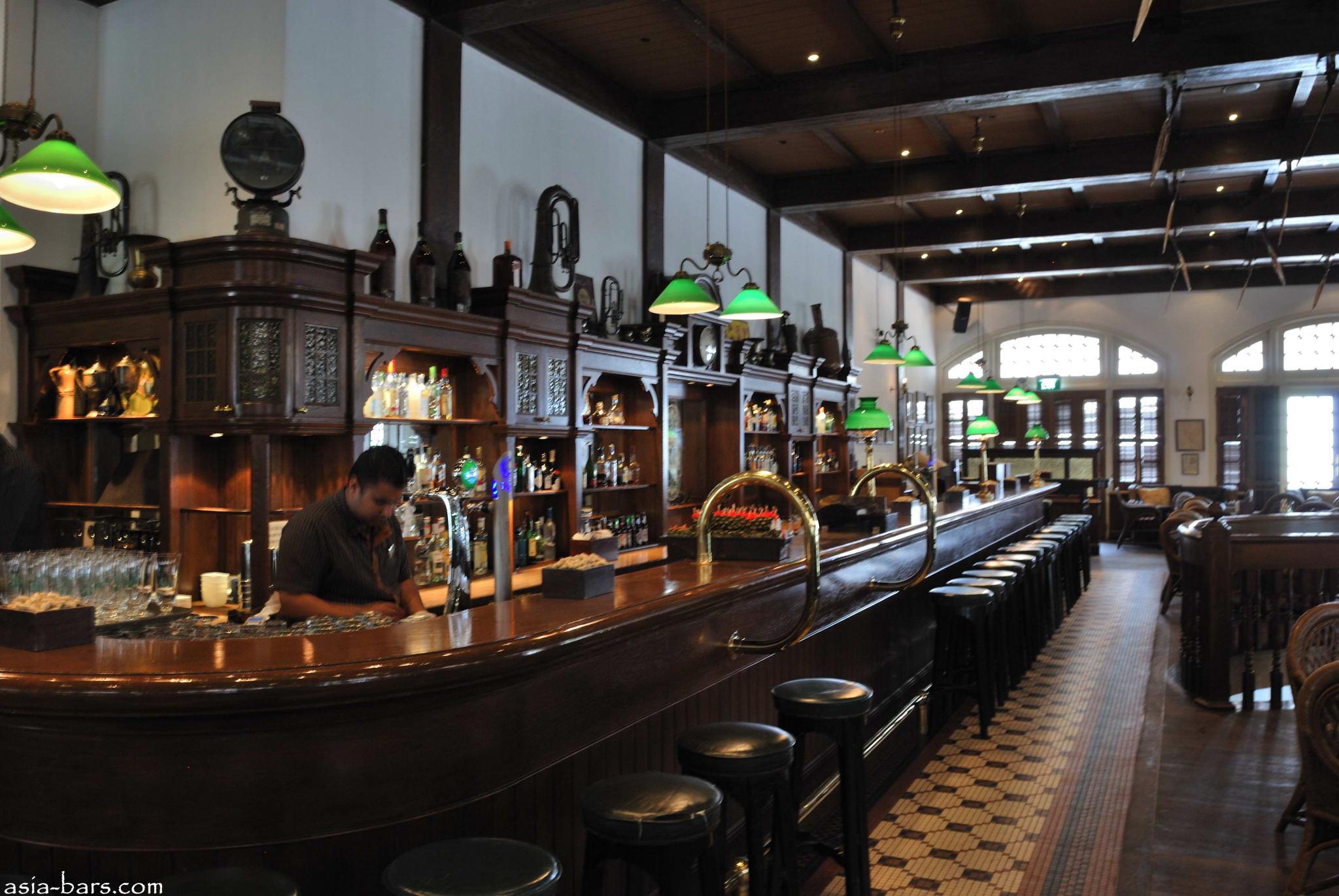 Long Bar Raffles Hotel Singapore Asia Bars Restaurants