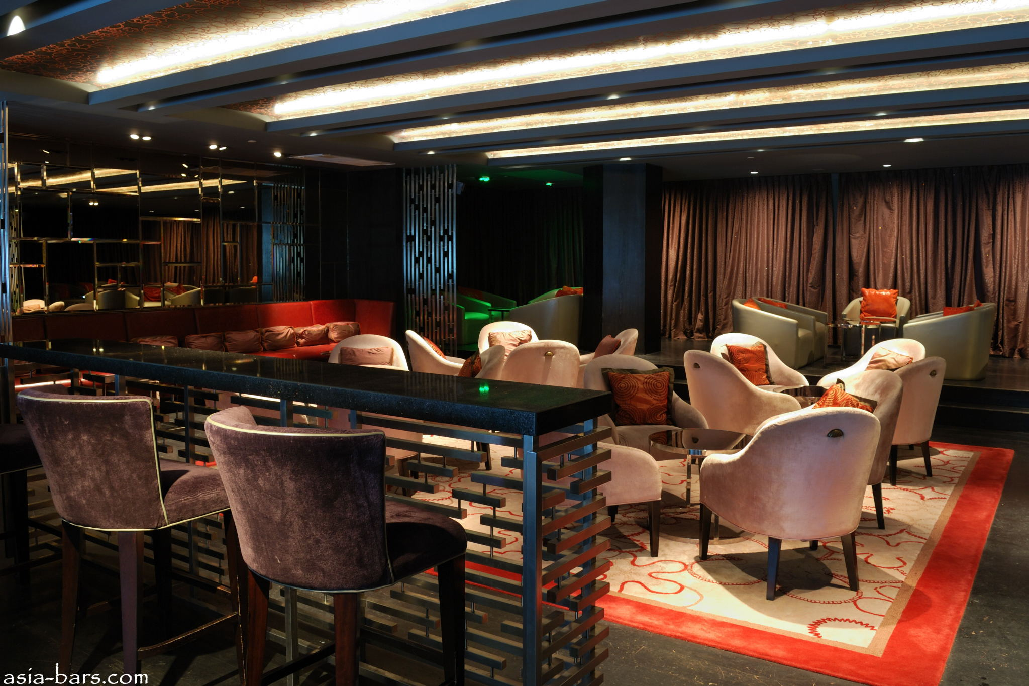 Mo Bar Glamour And Sophistication In Bar Amp Lounge At