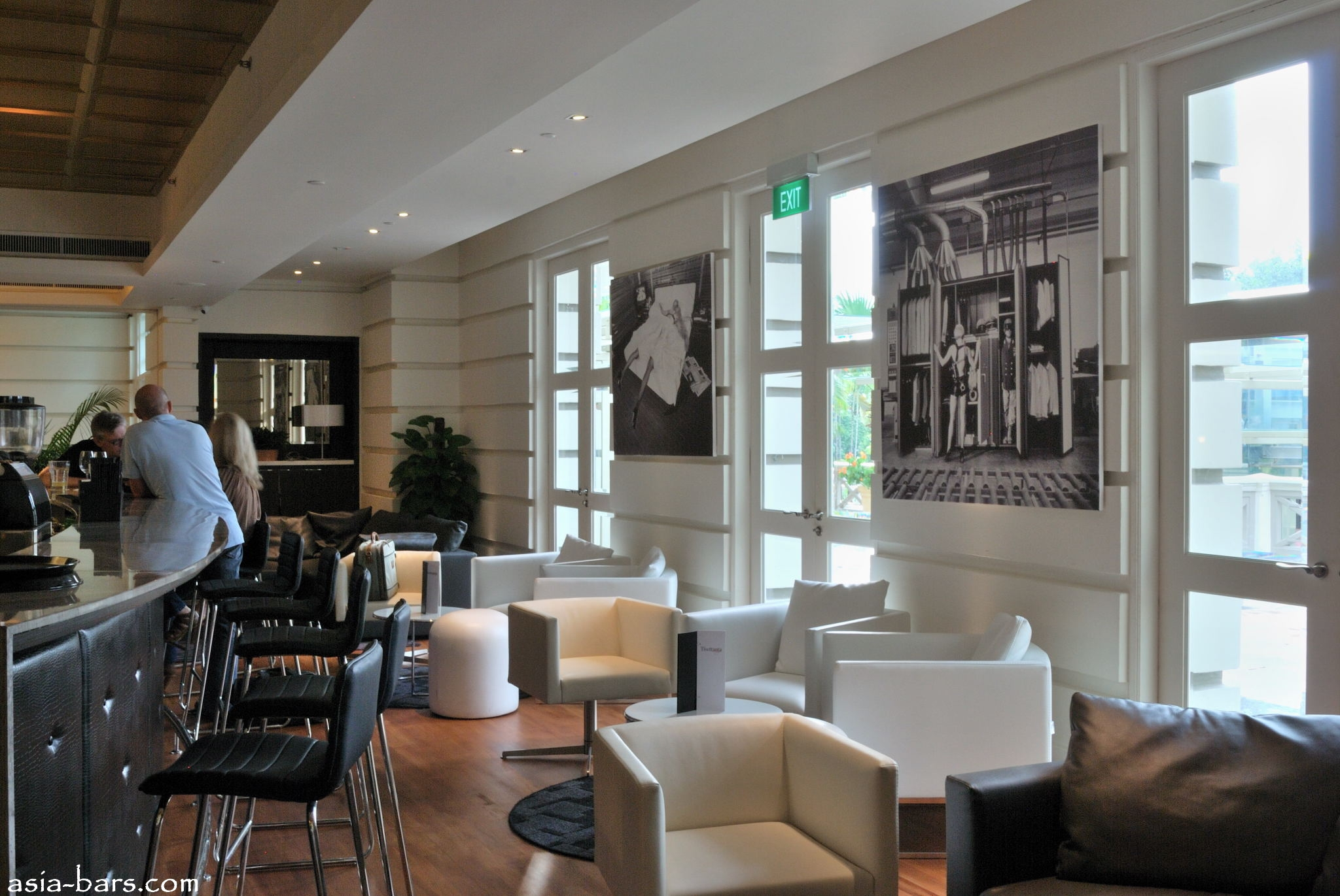 Tisettanta Lounge Stylish Sophisticated Bar And At
