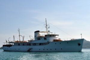 motor yacht calisto
