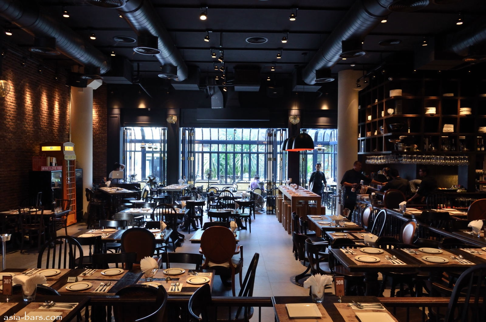 Wine I Love You- contemporary wine bar & restaurant at Crystal Design ...