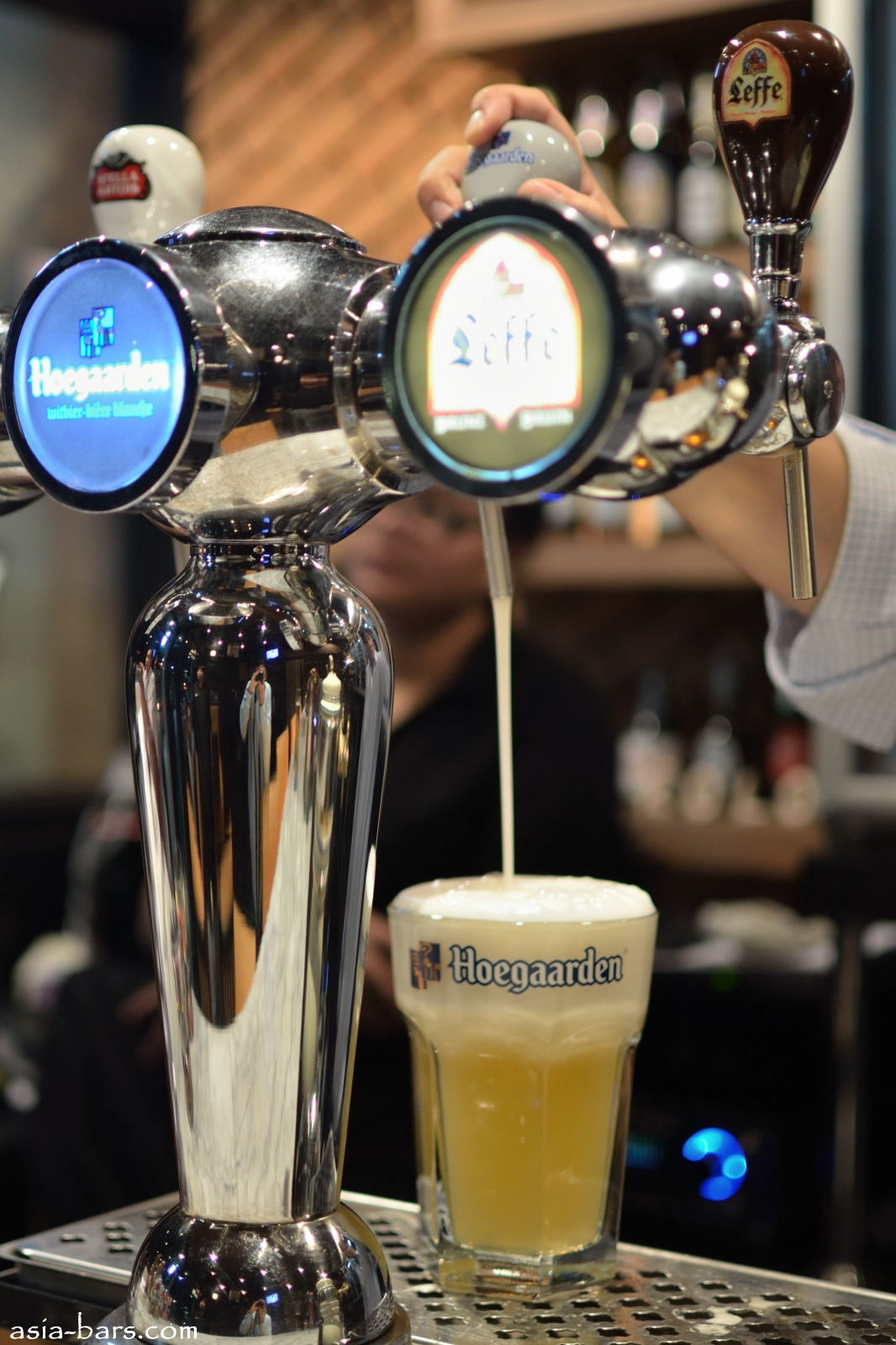Beerology New Boutique Beer Bar At Crystal Design Centre