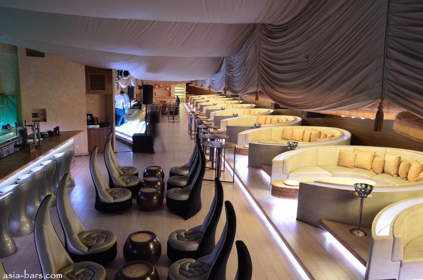 Sultan lounge opulent lounge club at mandarin oriental in kuala
