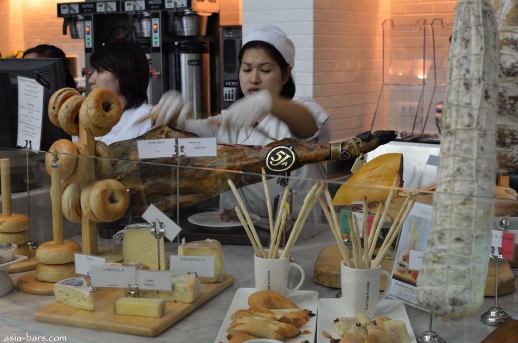 dean deluca bangkok cheeses