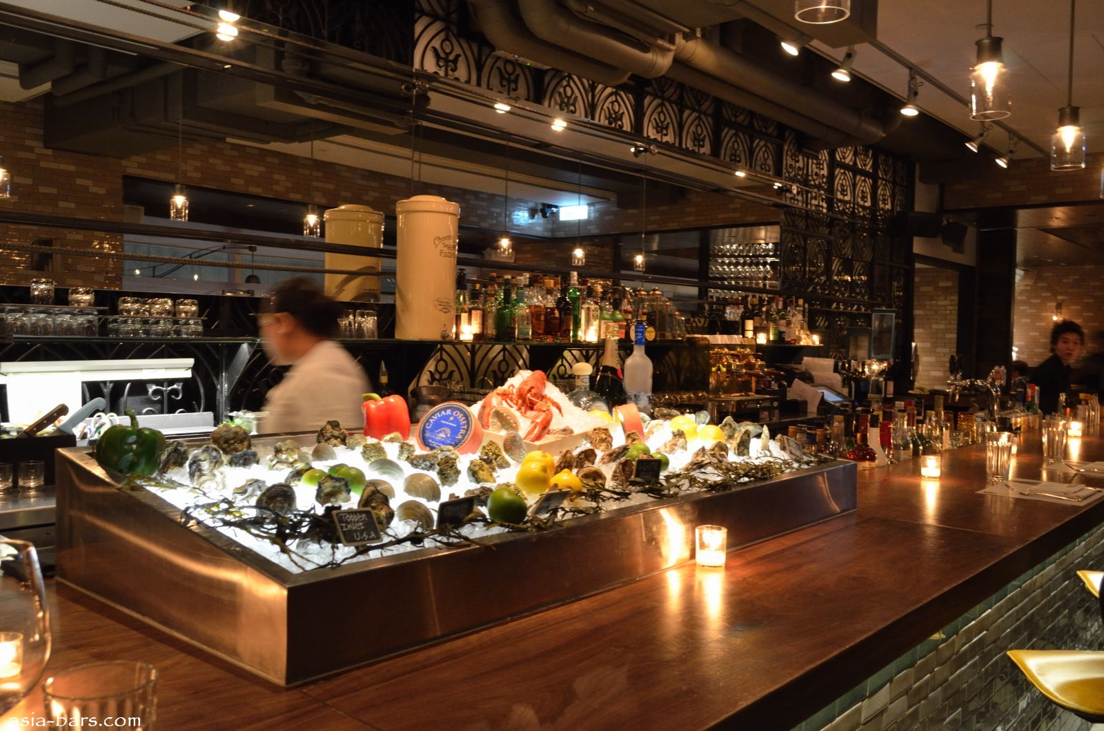 Lily & Bloom- superlative bar & restaurant in Hong Kong ...