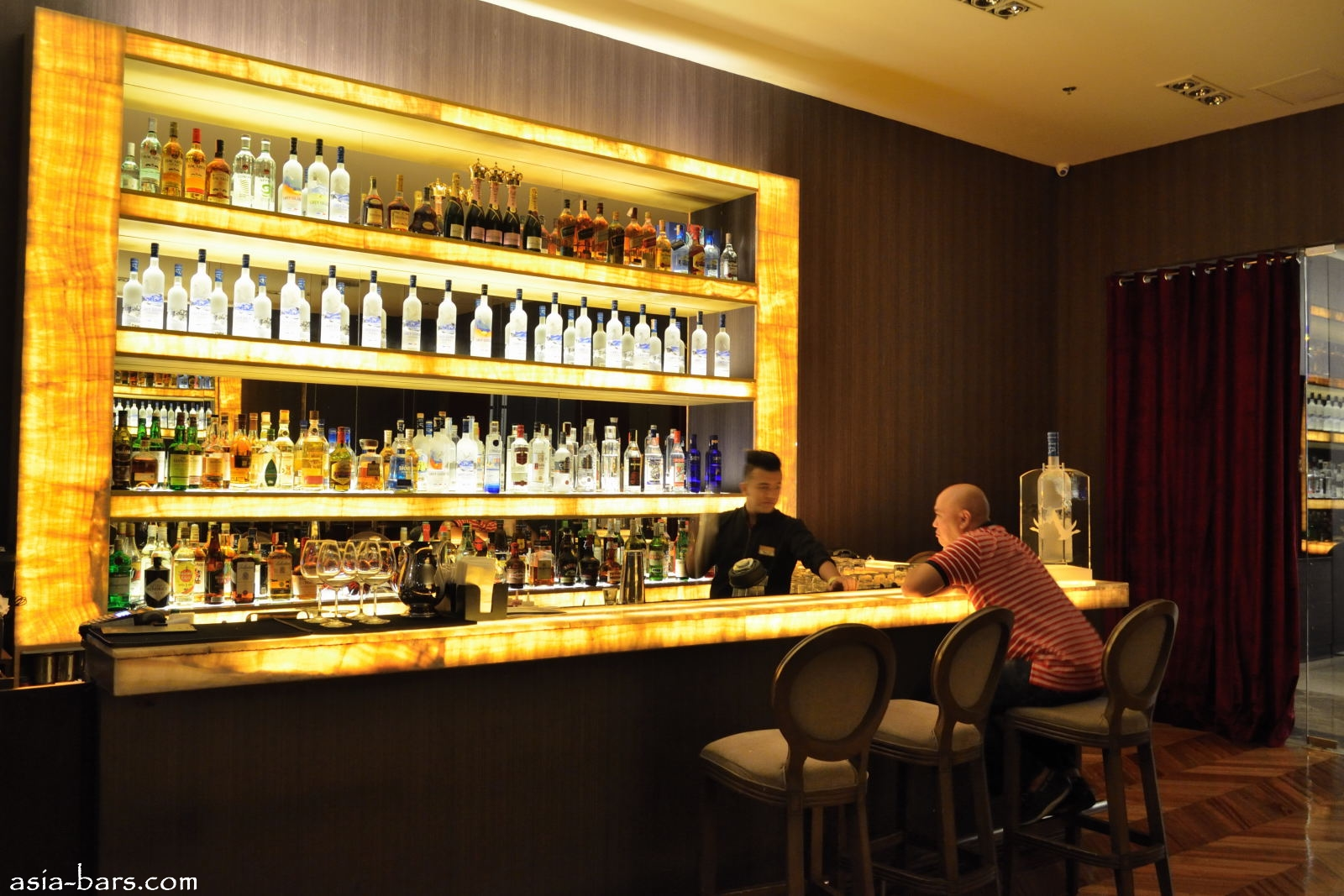 OPUS Restaurant and Lounge- opulent dining and nightlife venue in ...