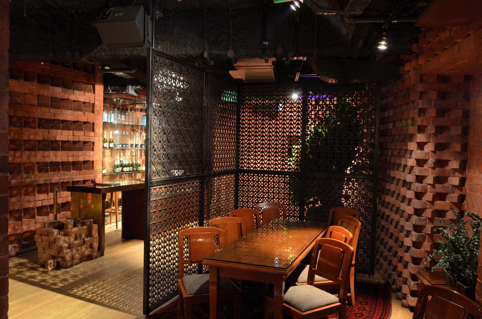 Brix Exuberant Nightclub At The Grand Hyatt Singapore Asia Bars Amp Restaurants