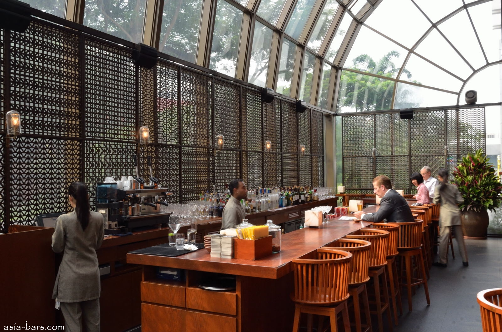 Martin 39 s martini bar bar restaurant fort collins co 80524 for Asian cuisine mohegan lake ny