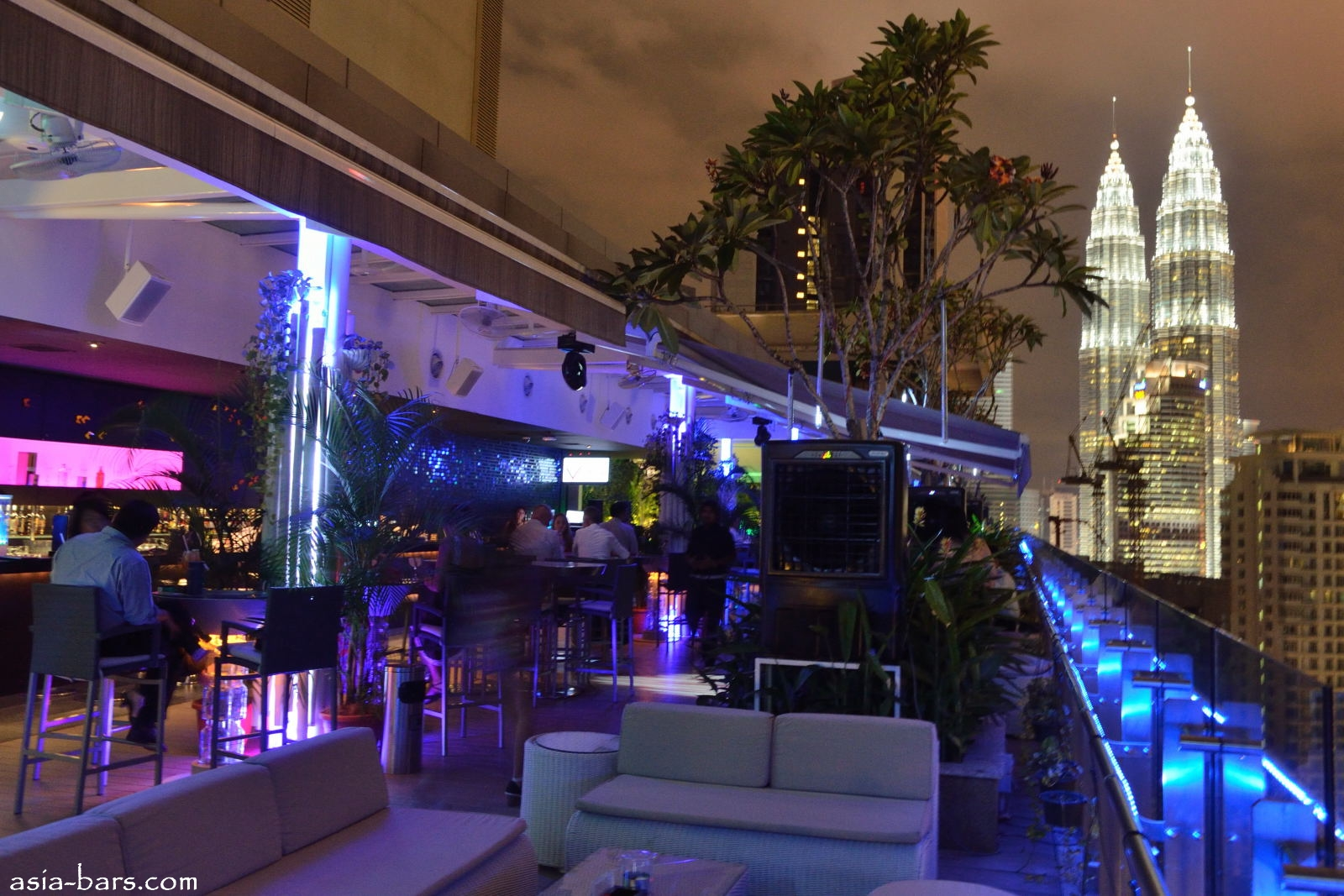 View Rooftop Bar In Kuala Lumpur Adding An Elevated