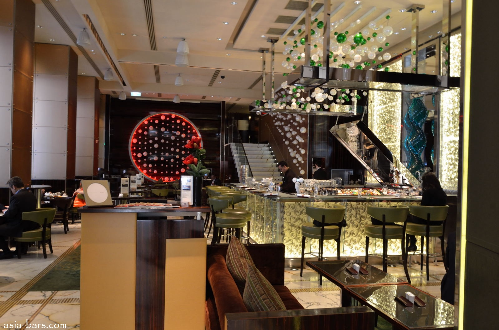 Mo Bar The Landmark Mandarin Oriental Hong Kong Sleek