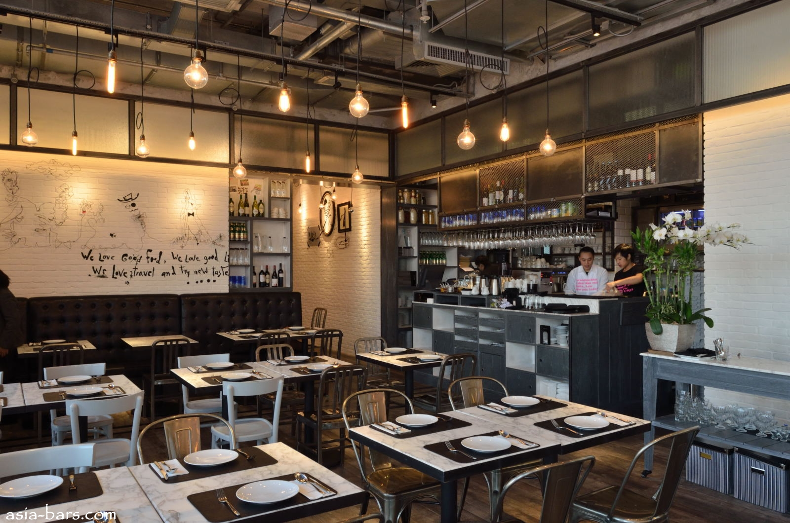 Square Kitchen Island Greyhound Cafe Ifc Mall In Hong Kong Acclaimed Bangkok