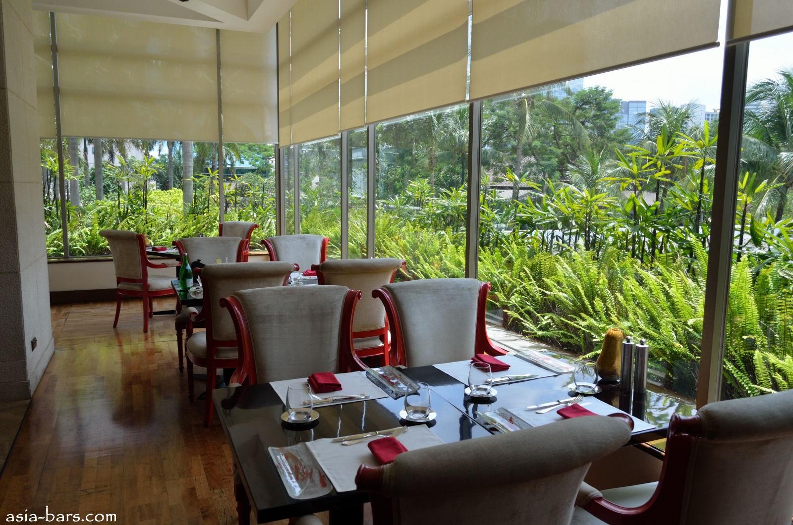 Mandarin Hotel Manila Restaurants
