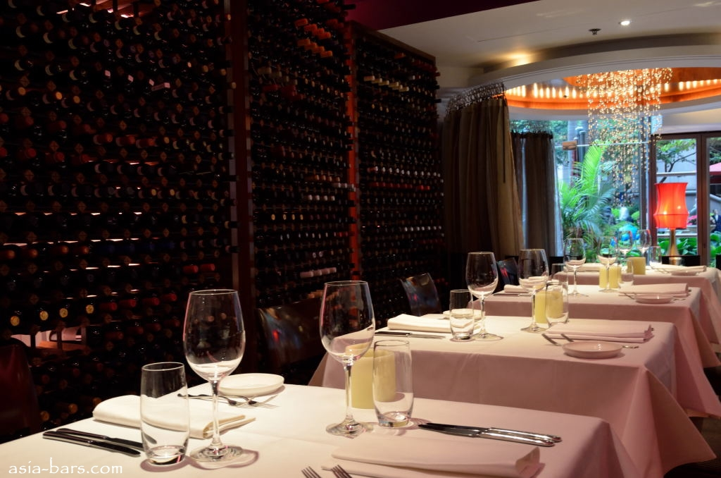 Gaia Ristorante- modern Italian cuisine in the glamorous setting of ...