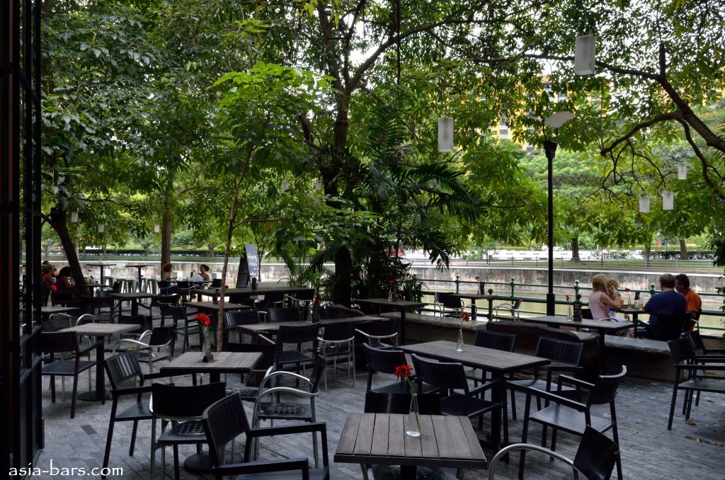 Em By The River Riverfront Cafe Amp Bar In Singapore A