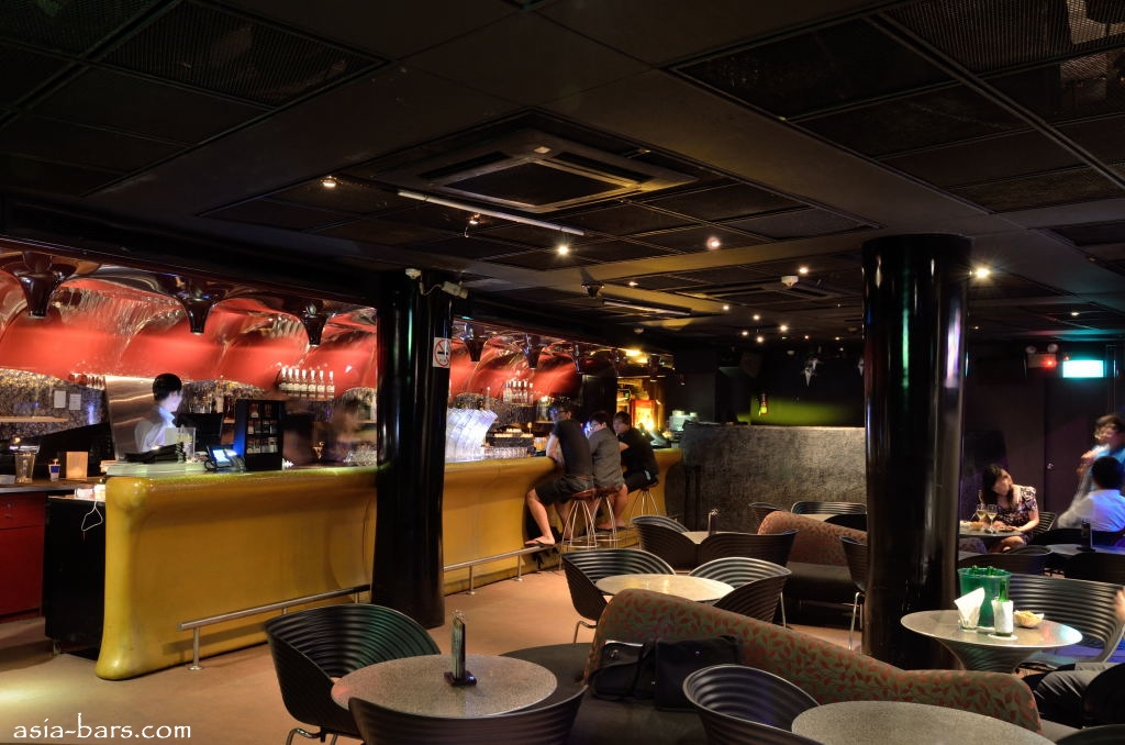 Zouk Singapore Inside The Phuture Room Amp Wine Bar Of The