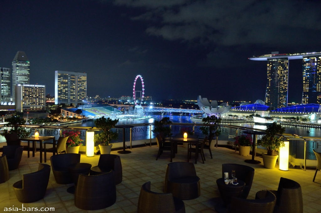 The Lighthouse Contemporary Italian Cuisine Served In Elegant Setting Above The Fullerton Hotel