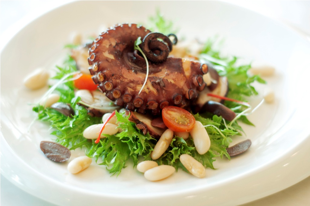 stella Grilled Pulpo Salad