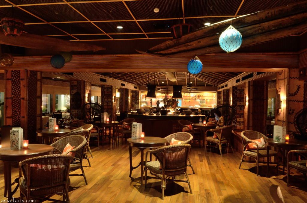 Mai Tai Bar At Trader Vic S Anantara Bangkok Riverside