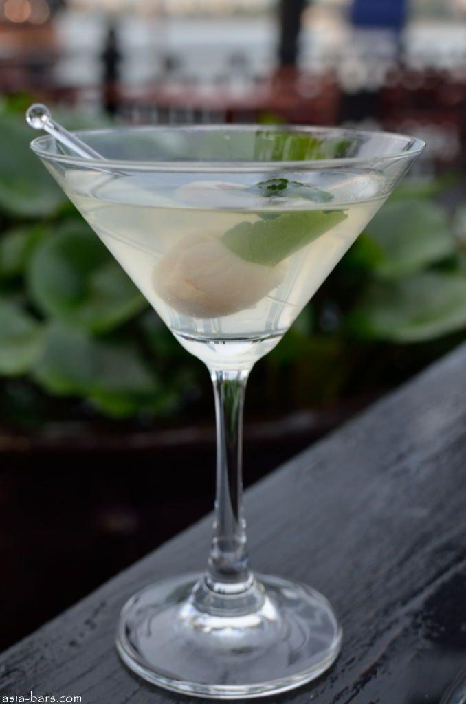 longtail  bar