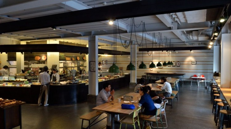 El Willy Ebullient Spanish Restaurant In Shanghai Asia Bars Restaurants