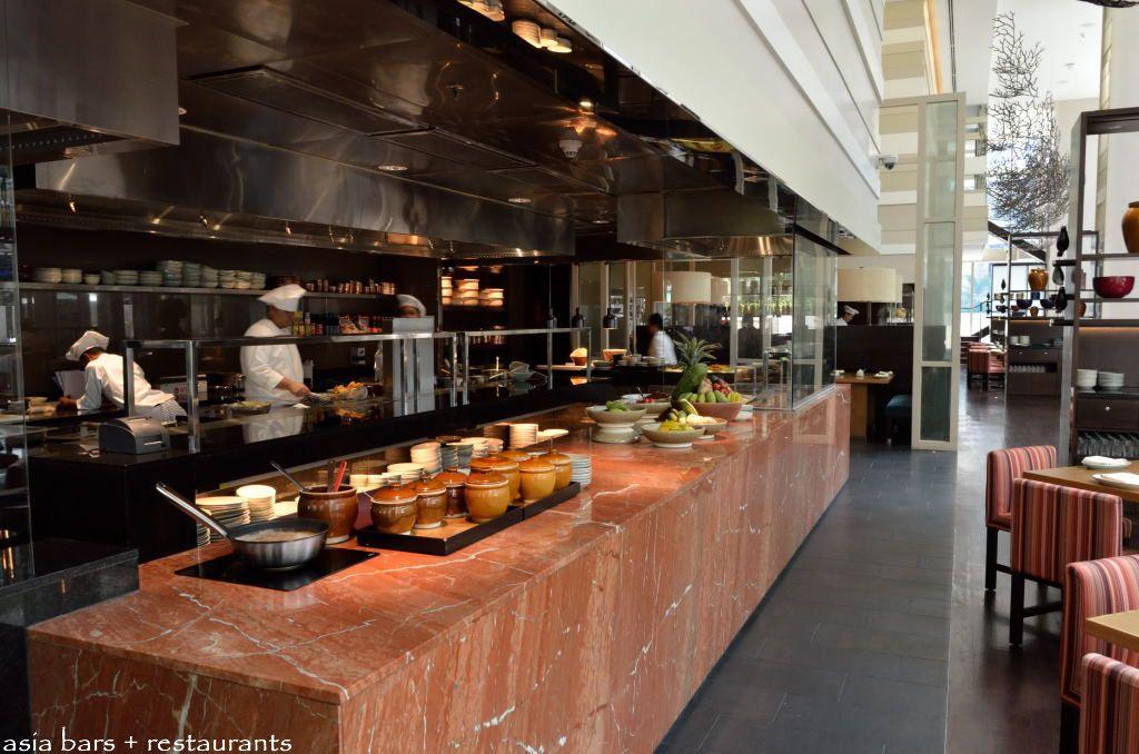 Jp Teres Indoor Outdoor Restaurant At Grand Hyatt Kuala