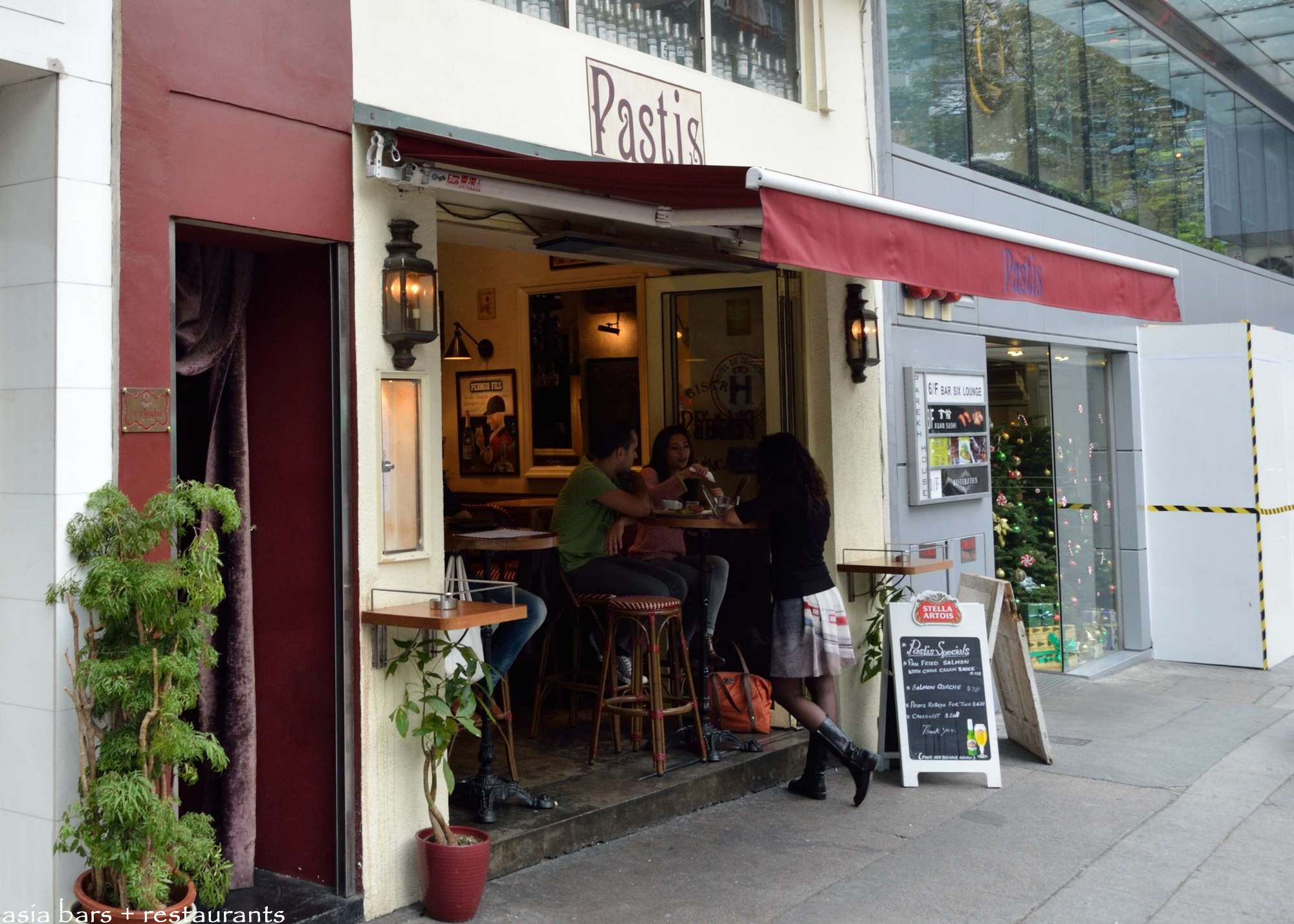 pastis bistro francais hong kong asia bars restaurants. Black Bedroom Furniture Sets. Home Design Ideas