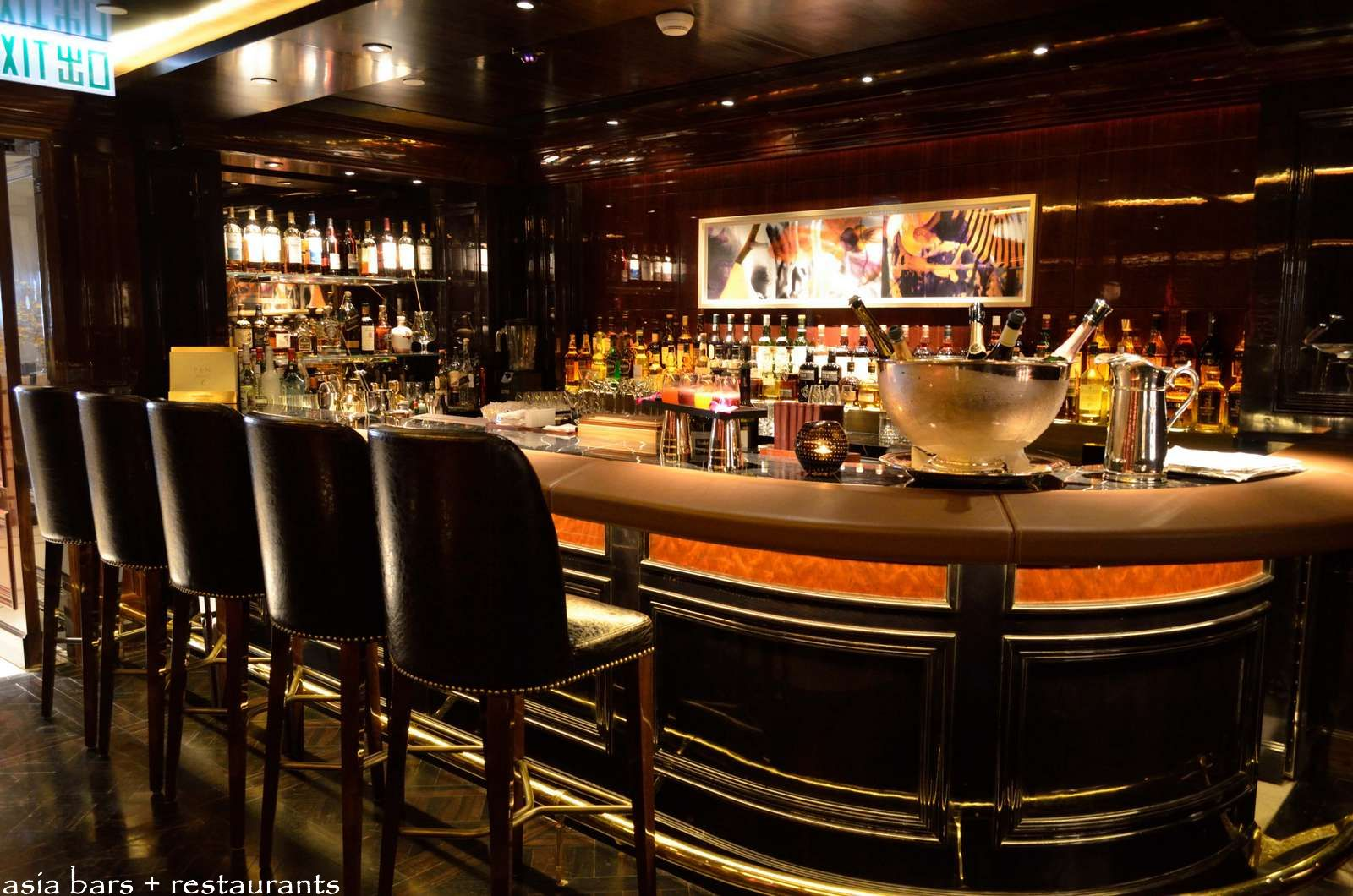 The bar the peninsula hong kong asia bars restaurants - Picture of bars ...