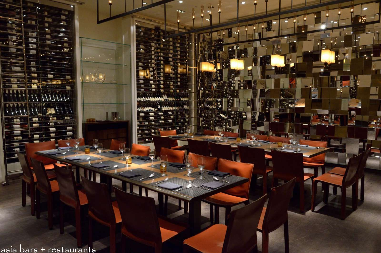 Restaurant Dining Room Chairs Cut By Wolfgang Puck Steakhouse At Marina Bay Sands