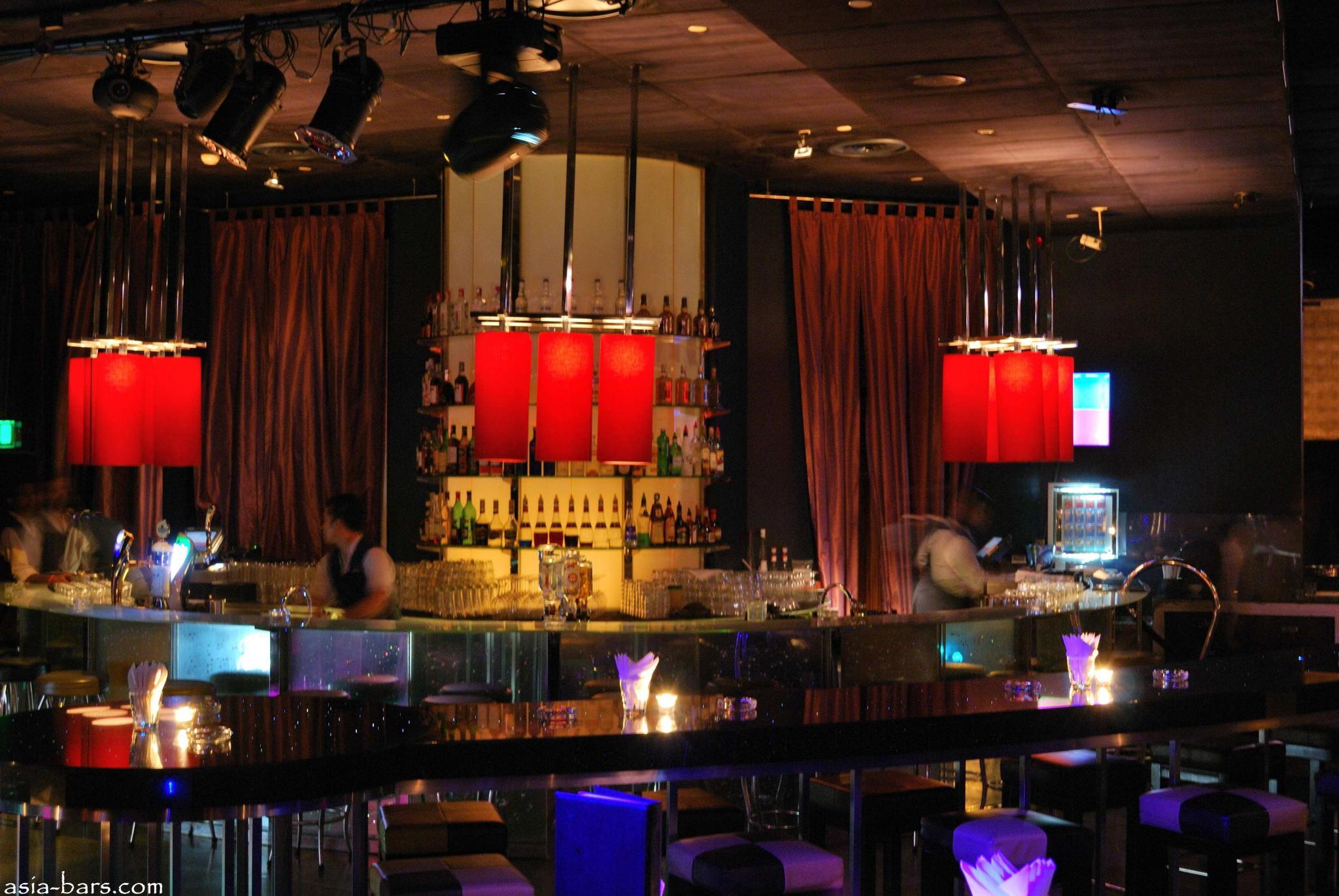 Zeta Bar- nightclub & live music venue at Hilton Kuala ...