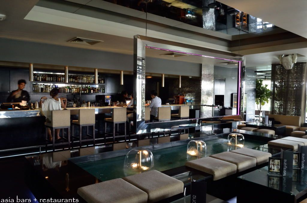 twenty.one tables+terrace