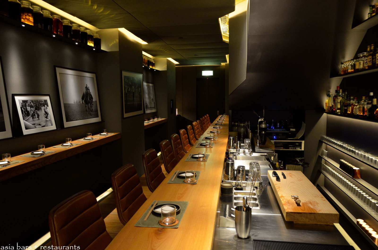 Ronin Japanese Inspired Seafood Dining Bar In Hong Kong