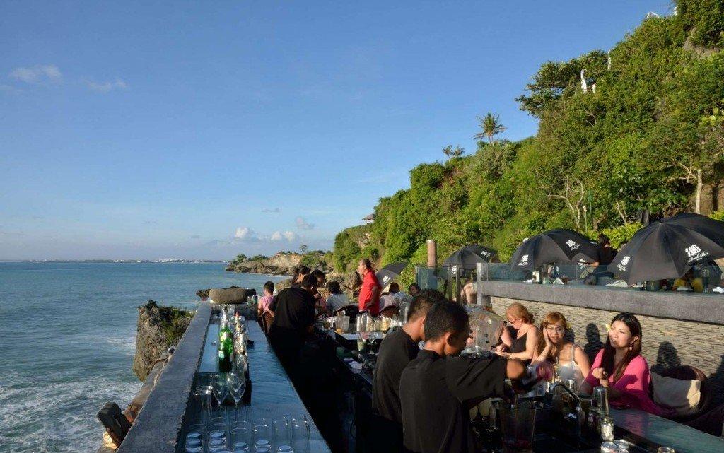 Ayana Resort Spa Rock Bar