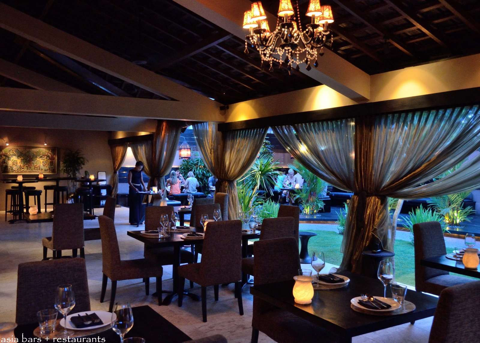 Sarong Acclaimed Pan Asian Restaurant Amp Bar Lounge In