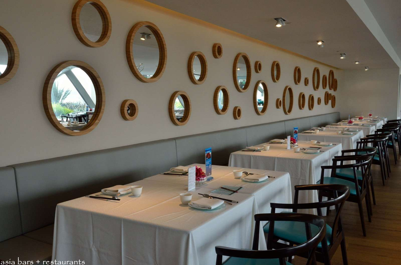 Majestic bay contemporary chinese seafood restaurant