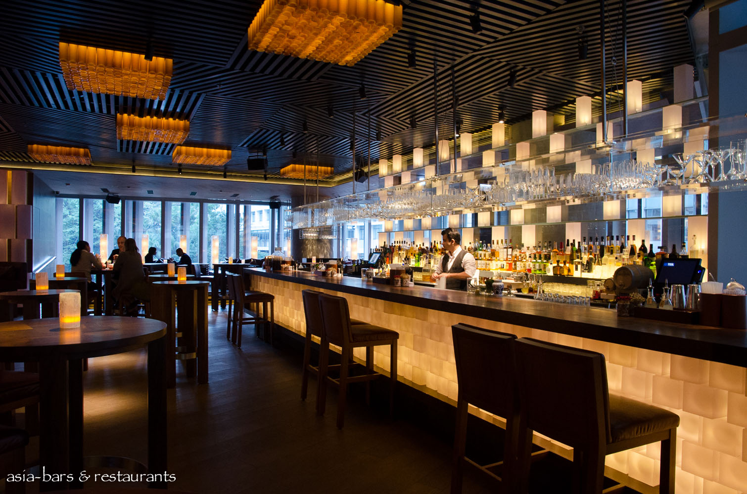 Zuma hong kong acclaimed japanese restaurant unveils new