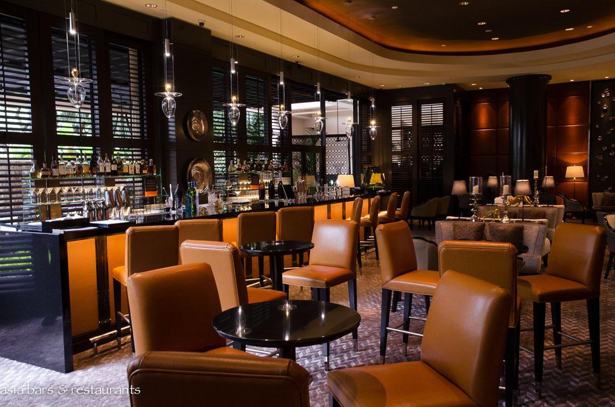 one ninety bar by javier de las muelas at four seasons hotel singapore asia bars restaurants. Black Bedroom Furniture Sets. Home Design Ideas
