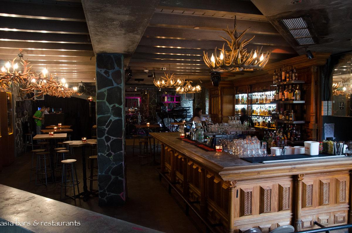 Highlander- Scottish Bar & Restaurant- Singapore