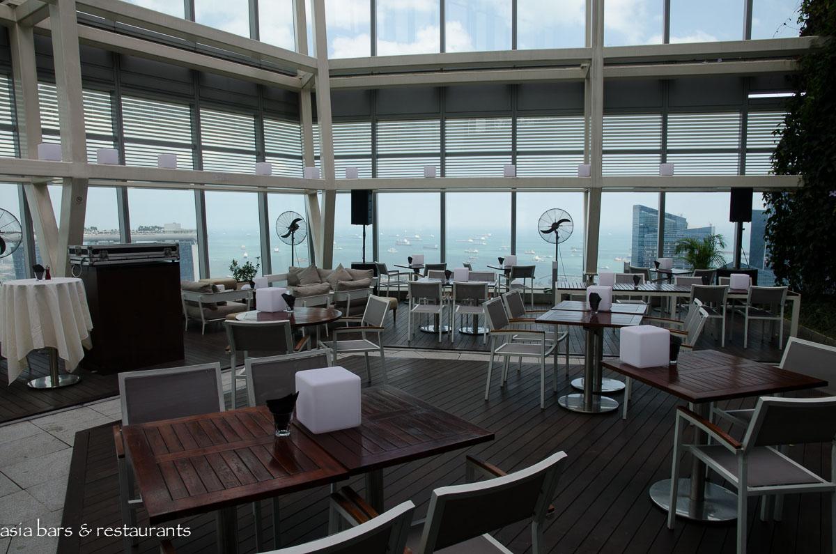 Zafferano restaurant bar lounge singapore asia bars for Restaurants with a terrace