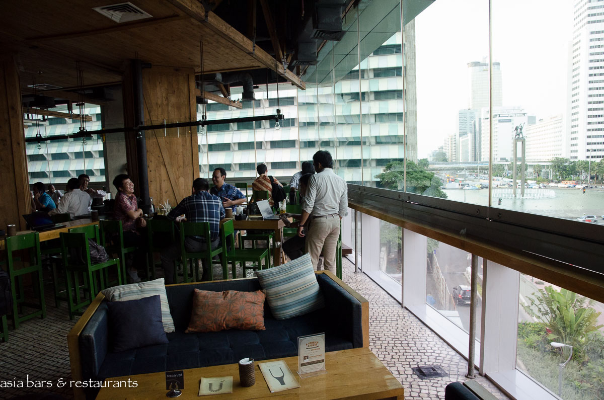 Social House RestaurantBarWinepost in Jakarta Asia Bars