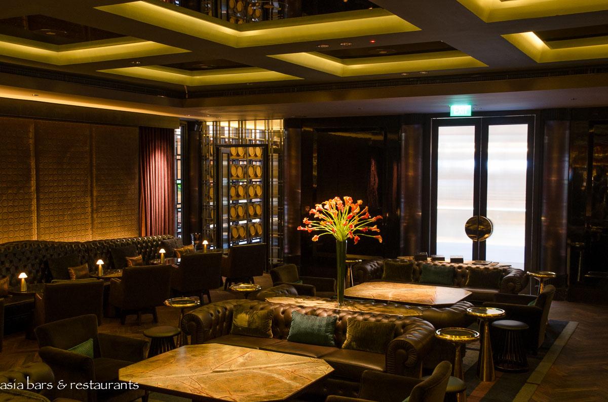 Manhattan Bar Cocktail Bar At Regent Hotel Singapore
