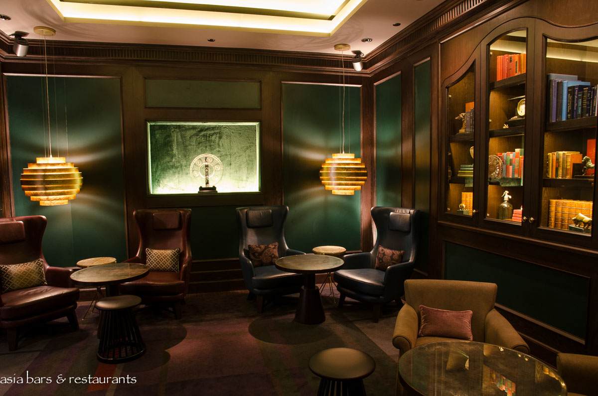 Manhattan Bar Cocktail Bar At Regent Hotel Singapore Asia Bars