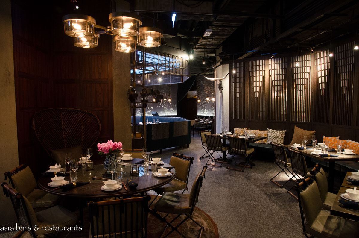Mott 32 chinese restaurant in hong kong asia bars for Asian cuisine restaurant