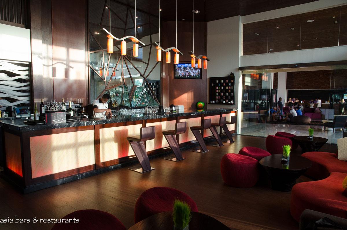 l bar lobby bar at pullman bali legian nirwana asia bars