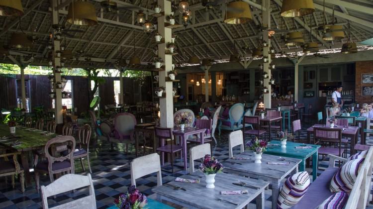 Balique- vintage cafe Bali