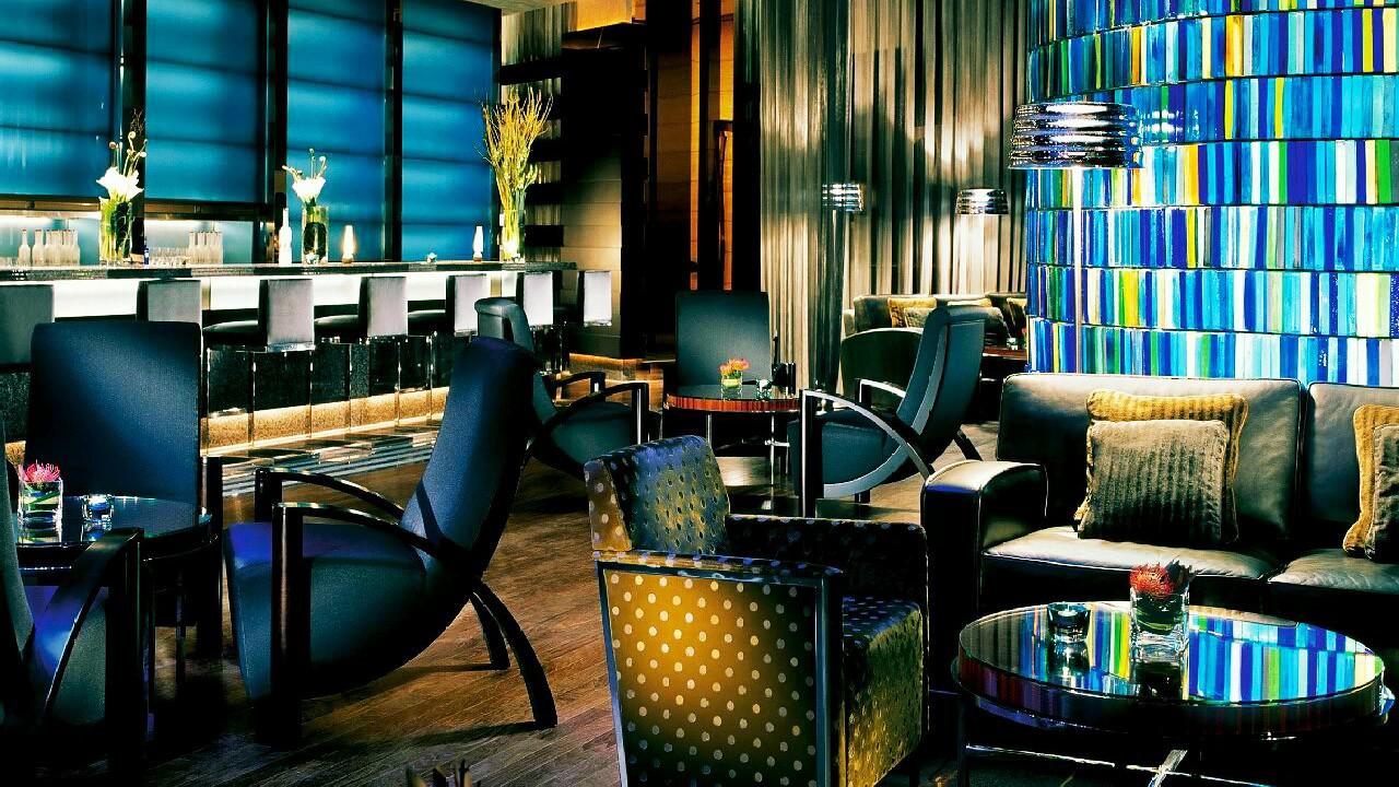 Blue Bar At Four Seasons Hotel Hong Kong Asia Bars