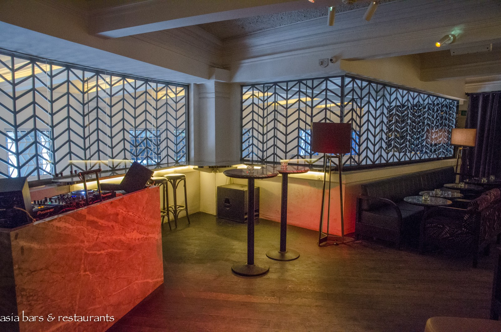 The Powder Room Cocktail Lounge In Singapore Asia Bars
