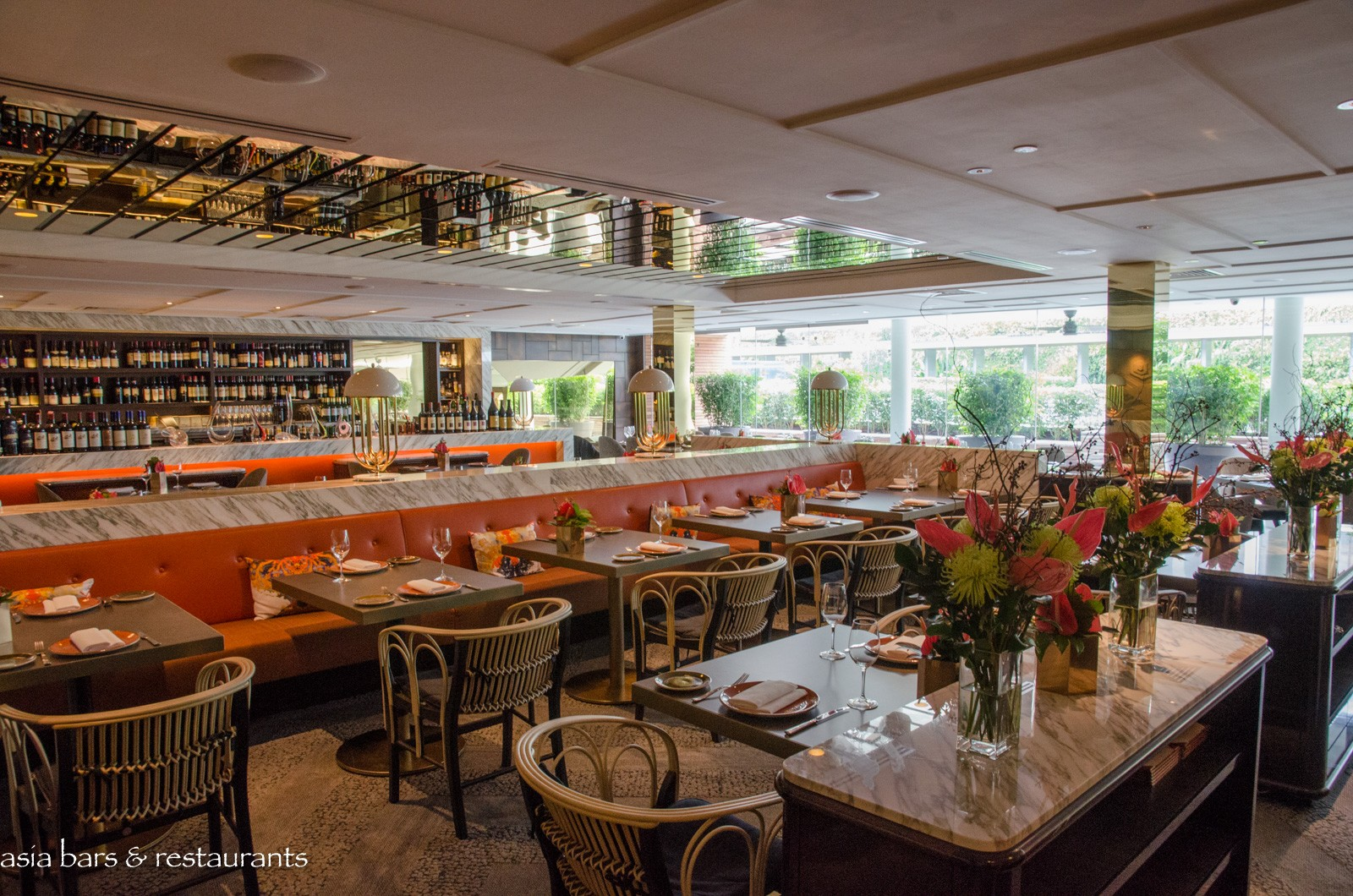 Aura italian restaurant sky lounge at national gallery for Asian cuisine singapore